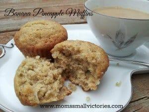 banana-pineapple-muffins