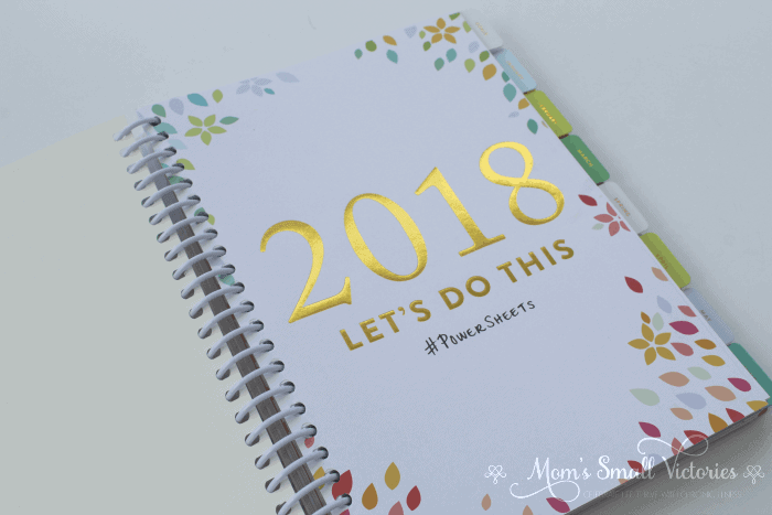 Powersheets Review: Pretty gold inspirational quotes are throughout the planner to stay focused on what's important to you, give yourself grace, and get things done.