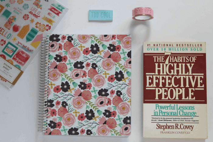 The Plum Paper Planner April 2018 to March 2019 Vertical Weekly Planner and the 7 Habits of Highly Effective People by Stephen Covey is one of the prizes in the Ultimate Planner Comparison + Giveaway. Get all the details on the 11 best life and goal planners on the market to find the best planner for you in your current season of life.
